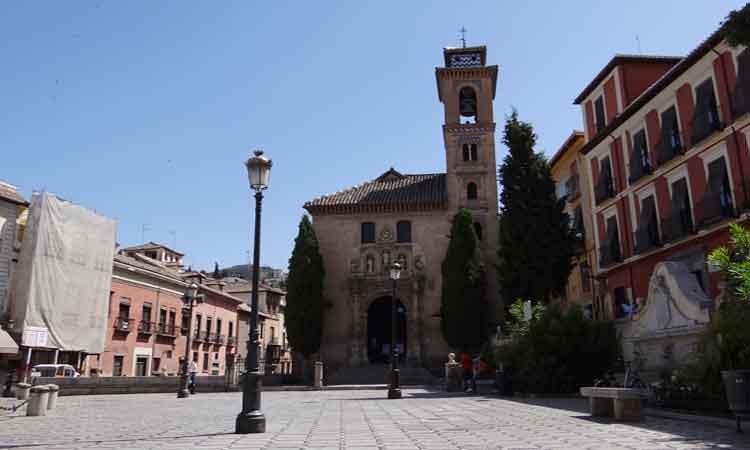 plaza-santa-ana